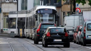 Auto vs. openbaar vervoer: wie is koning in Vlaanderen?