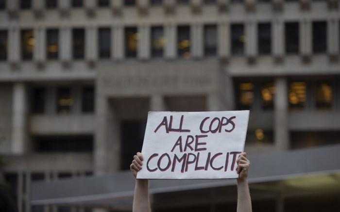 Na massale protesten tegen politiegeweld: rapport wijst op grove wantoestanden Amerikaanse politie en justitie