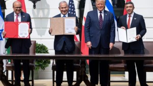 """Historisch akkoord getekend onder goedkeurend oog van president Trump: """"Vrede in het Midden-Oosten"""""""