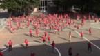 """Lanakense school danst de Jerusalema-challenge met 200-tal leerlingen: """"Je wordt er echt gelukkig van"""""""