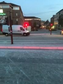 Ledlijnen zorgen voor veilige oversteek aan Quartier Bleu