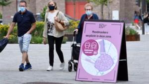 """Politie verzuipt in uitdelen pv's voor niet dragen mondmasker in Hasselt: """"Jongeren zijn het beu"""""""