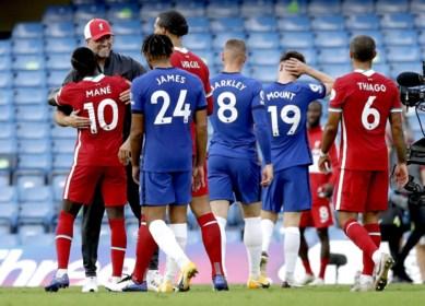 Chelsea schiet zichzelf in de voet met rode kaart, penaltymisser en blunder van Kepa: Liverpool wint eerste topper van het seizoen