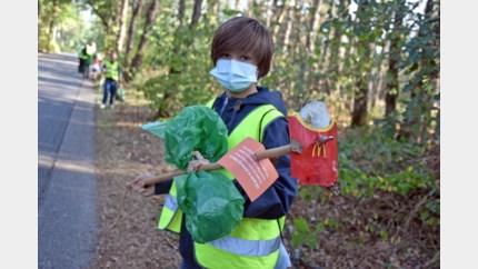 Zwerfvuil wordt gerecycleerd tot … picknickbanken