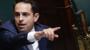 Vlaams Belang roept SP.A en Groen op woord te houden en naar verkiezingen te gaan