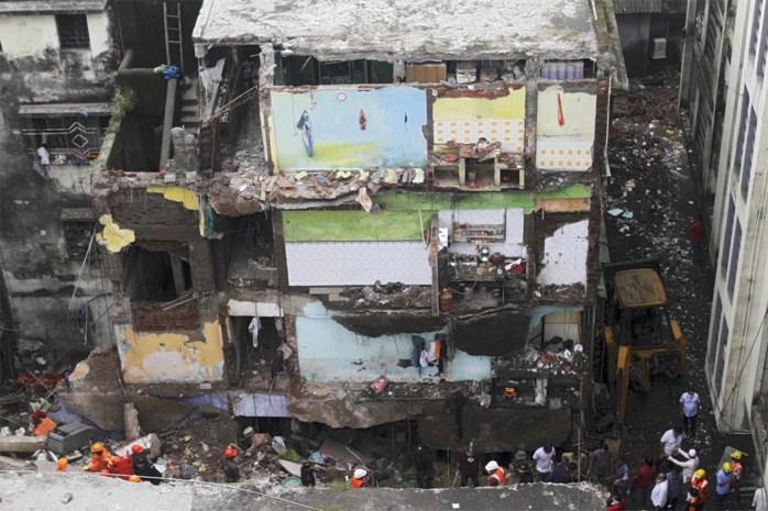 Tien doden door ingestort gebouw in India