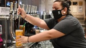 Boris Johnson spreekt vanavond natie toe: Engelse pubs vroeger dicht