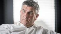 Patrick De Koster verlaat de gevangenis met enkelband