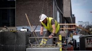 Aantal tijdelijk werklozen in Limburg blijft dalen