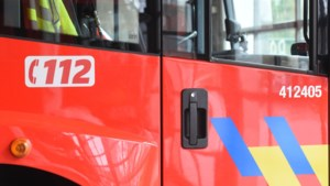 Auto uitgebrand in Grote Kerkstraat