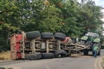 Aanhangwagen van tractor gekanteld in Bree