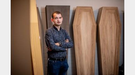 Oudsbergenaar Daan is op zijn 22ste zelfstandig begrafenisondernemer