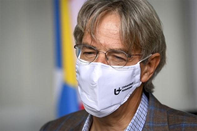 """Herman Goossens: """"We gaan een brief sturen naar de studenten, draag wél een mondmasker en hou afstand"""""""