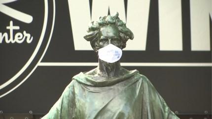 """Artsen schrijven open brief: """"Versoepeling coronamaatregelen zijn onverantwoord"""""""