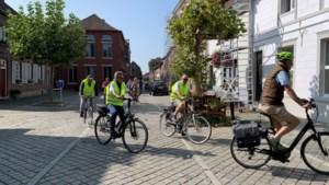 Neos As fietst naar Rekem
