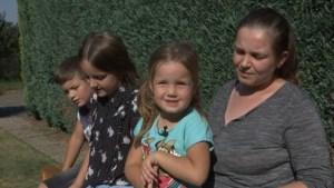 Macedonisch gezin uit Beringen ondanks protest toch het land uitgezet
