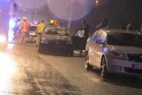 Drie gewonden bij kettingbotsing met zes voertuigen aan afrit Nikefabriek Ham