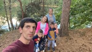 Macedonisch gezin Demiri toch land uitgezet ondanks petitie met 2.000 handtekeningen