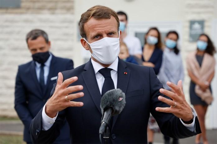 """Macron: """"Het is duidelijk dat Loekasjenko moet opstappen"""""""