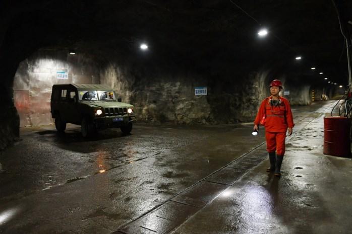 Zeventien mijnwerkers geblokkeerd in Chinese steenkoolmijn