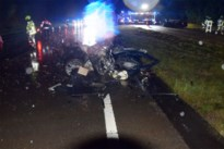 Zware ravage na frontale klap op Noord-Zuid, twee chauffeurs lichtgewond