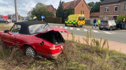 Twee auto's gebotst op Steenweg