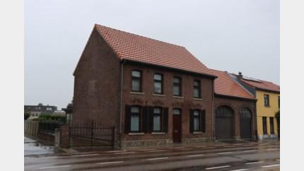 Nederlander gearresteerd na vondst van wietplantage in herenhuis<BR />