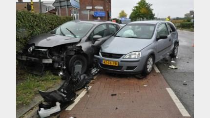 Twee gewonden bij ongeval in Moelingen