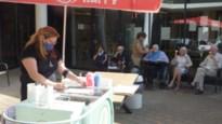 Bewoners van de Bessemerberg worden getrakteerd op een ijsje