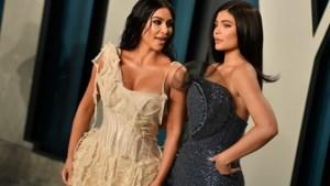 Kim Kardashian en Kylie Jenner maken openlijk ruzie over oude foto