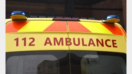 Bestuurder gewond bij ongeval aan rotonde
