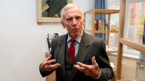 Schrijver Aster Berkhof (100) overleden