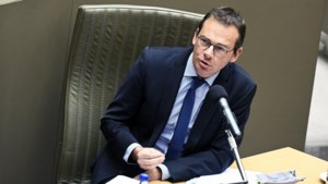 Wouter Beke (CD&V) countert kritiek op gebrek aan middelen voor wachtlijsten voor personen met een handicap