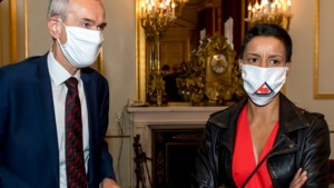 Waarom minister Kitir een mondmasker van de Kempense Steenkoolmijnen draagt