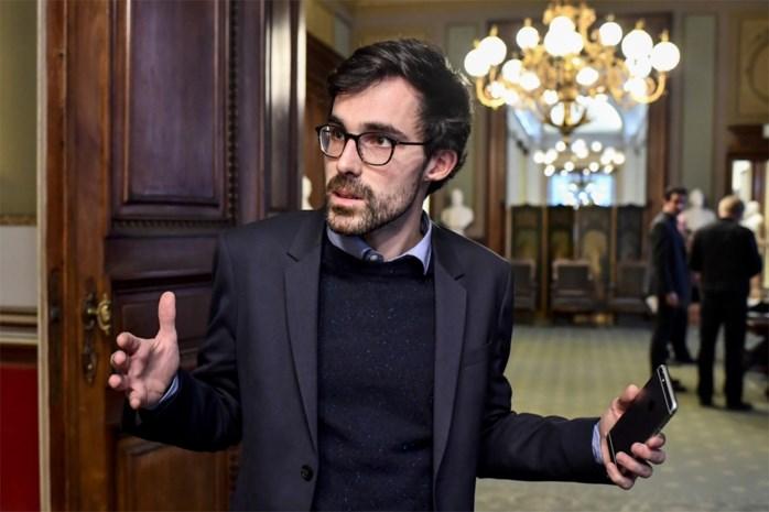 """Kristof Calvo grijpt naast ministerpost: """"Almaci heeft hem een mes in de rug geplant"""""""