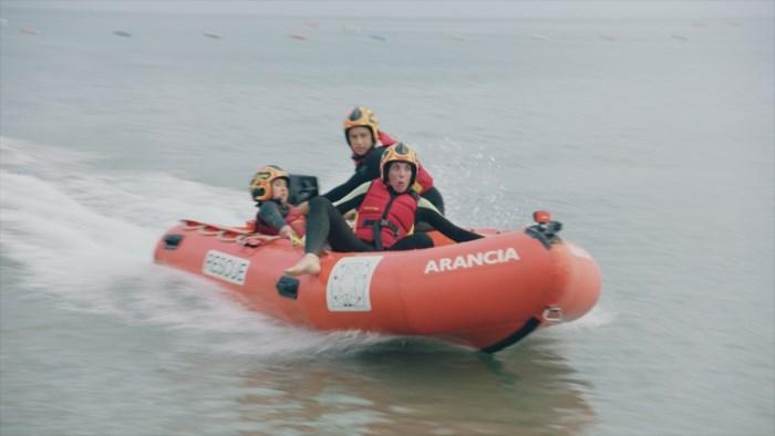 Saartje en Sean Dhondt worden redder in Italië