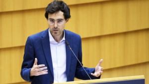 Kristof Calvo steekt teleurstelling niet weg (én krijgt compliment van Theo Francken)