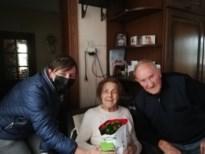 Samana Genoelselderen bezorgt leden een bloemetje