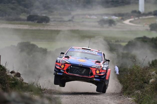 Dani Sordo blijft aan de leiding, Thierry Neuville zakt naar derde plaats in Rally van Sardinië