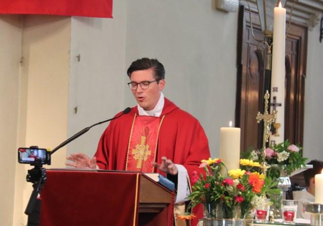 Afscheidsviering kapelaan Wim Simons