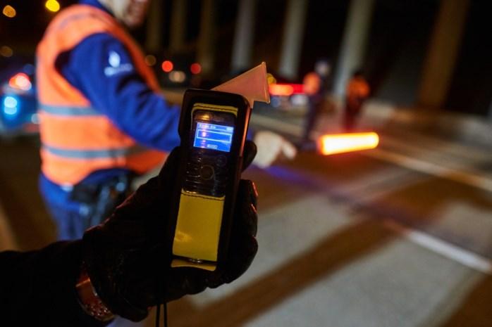 10 bestuurders testen positief op alcohol bij controles