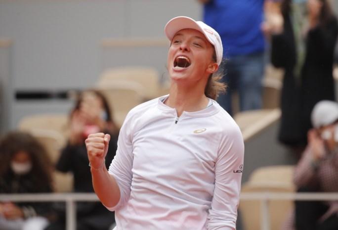Wat een stunt! 19-jarige Iga Swiatek wint Roland Garros zonder setverlies na demonstratie in finale