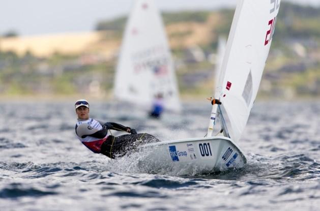Emma Plasschaert rukt op derde dag op naar vierde plaats op EK zeilen en mag weer dromen van Europese titel