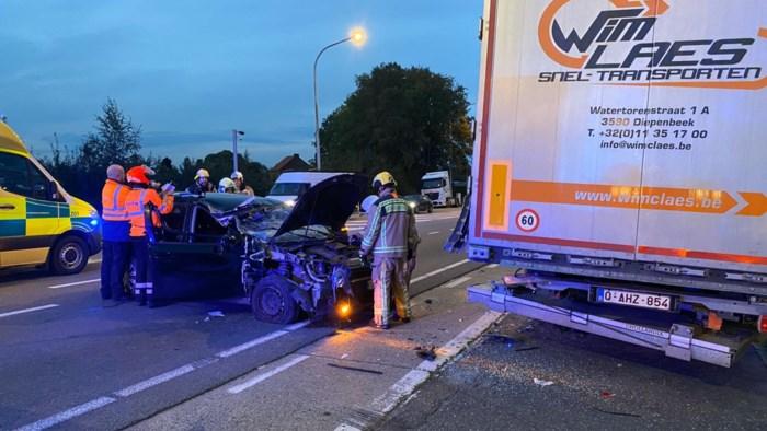 Twee gewonden bij zware klap in Diepenbeek