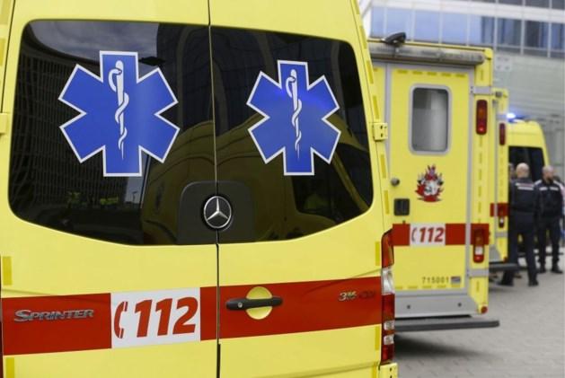 Voetganger (54) gewond na aanrijding op Tiensesteenweg