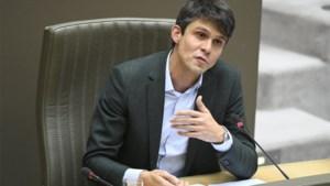 Minister legt VRT strikte regels en jaarlijkse controle op