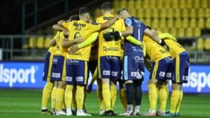 Negen coronabesmettingen bij Waasland-Beveren, club beslist na nieuwe test over uitstel van match tegen Oostende