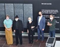 Ado Hamelryck presenteert 'schrifturen' in de bib