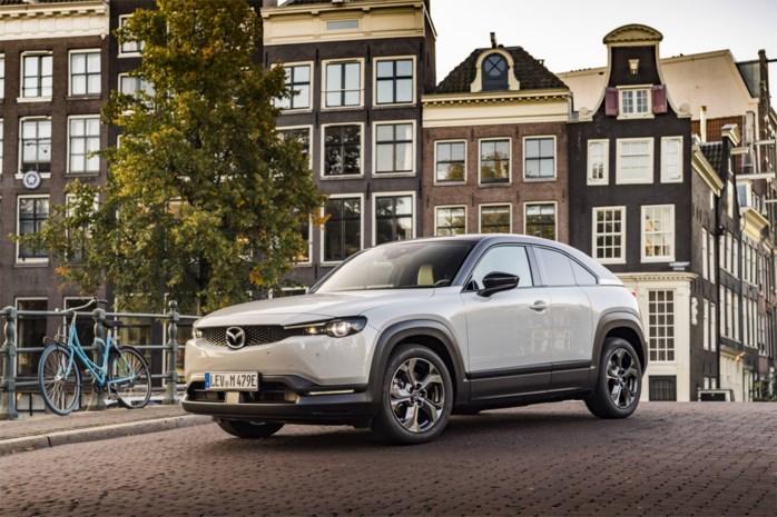 De eerste volledig elektrische Mazda is een buitenbeentje, wij deden een testritje