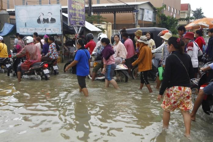 Minstens 18 doden bij overstromingen in Cambodja